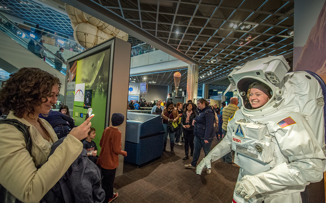 Nasa Glenn Visitor Center Great Lakes Science Center